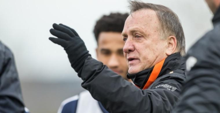 Advocaat: 'Hij wil bij het nationale elftal komen, dan verwacht je wel wat'