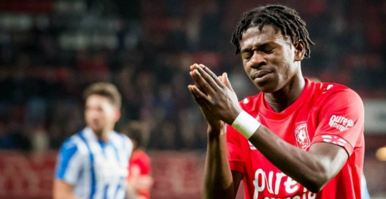 Bij FC Twente weggestuurde aanvaller vindt onderdak: Snel en technisch begaafd