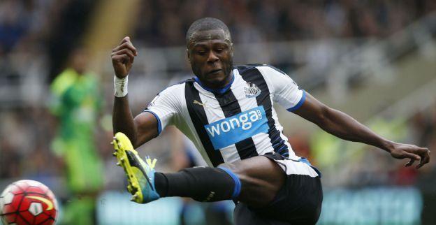 Opdoffer voor Anderlecht: 'Newcastle biedt Mbemba aan bij andere Engelse club'