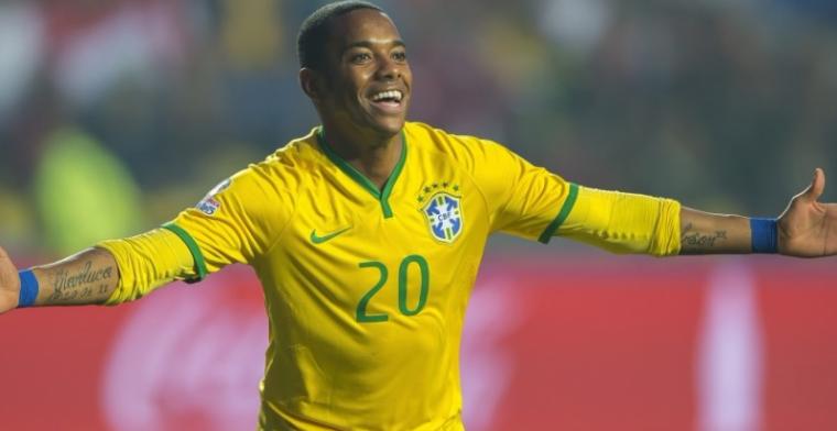 Update: Robinho rondt formaliteiten af: aanvaller officieel terug in Europa