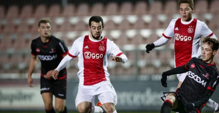 Younes helpt Jong Ajax aan koppositie, ook Jong PSV wint