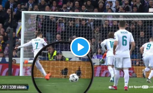 Merkwaardige beelden Ronaldo: penaltystip laat bal iets opveren