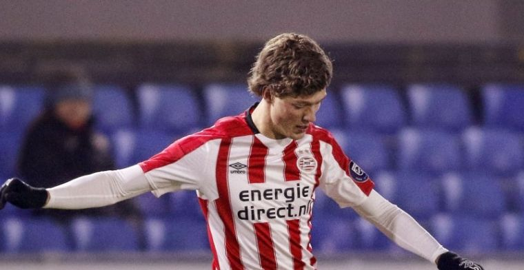 PSV-talent maakt supergoal: 'Komen misschien kansen in eerste elftal'