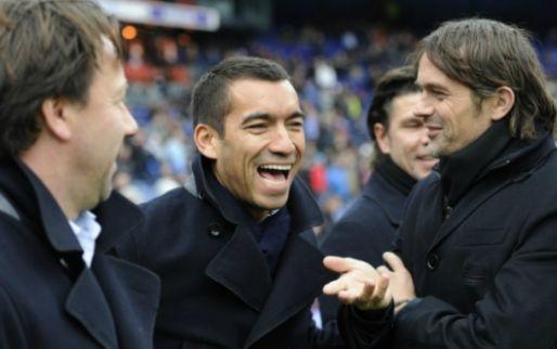 LIVE: PSV laat Feyenoord kansloos en zet reuzenstap in titelrace (gesloten)