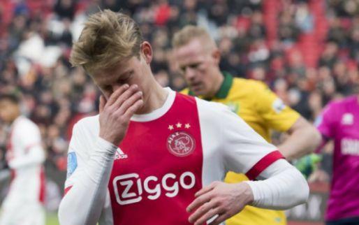 Ajax snijdt zichzelf lelijk in de vingers: doelpuntloos gelijkspel in Amsterdam