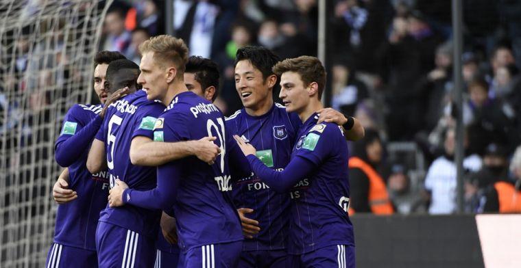 Ontketende Teodorczyk gidst Anderlecht voorbij Moeskroen na boeiend slot