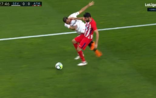 Meer Diego Costa krijg je het niet: duw, overtreding, schwalbe en geel