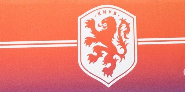 Update: Eredivisie volgt Engeland en Italië niet: 'We gaan nu niet vooroplopen'