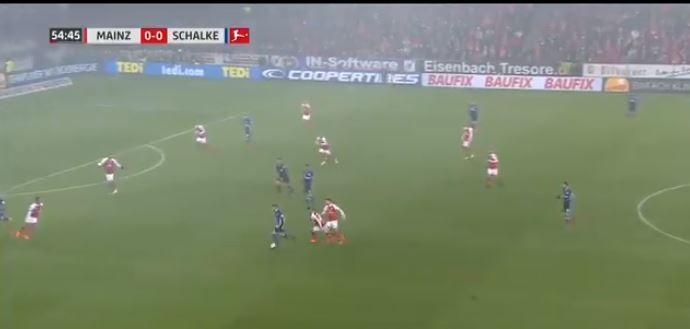 Vijf tegenstanders komen te laat, Mainz - Schalke 04 beslist met één flits