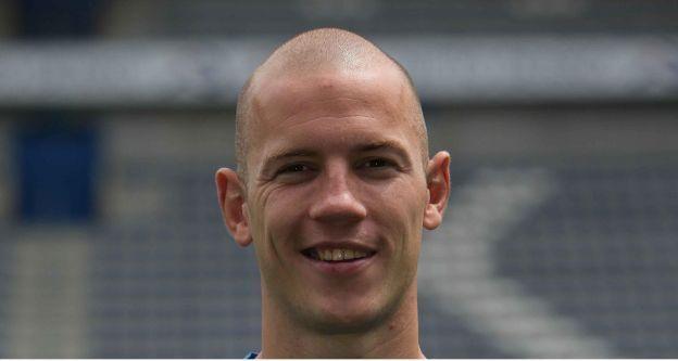 Oud-speler van AZ en Feyenoord is postbode: 'Ik hield steeds minder over'