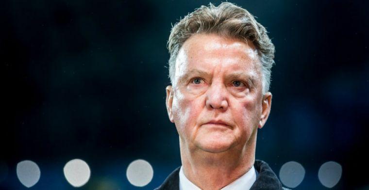 'Ajax gaat gebukt onder een machtsvacuüm dat Blind en Van Gaal kunnen opvullen'