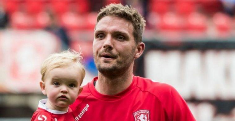 Hooiveld roept ploeggenoten bij elkaar: 'De stront uit onze ogen halen'