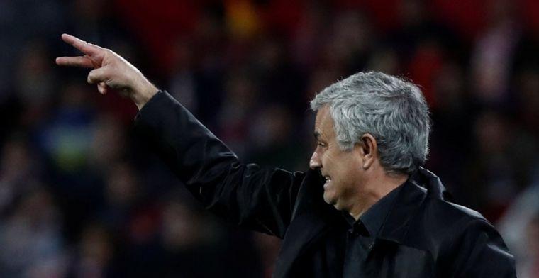 'Mourinho spreekt huilende United-spelers toe en bezoekt Sevilla-kleedkamer'