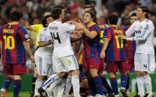 Imagen: Un jugador agrede a la afición rival ¡con un portátil!