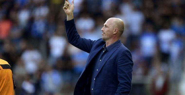 Clement op de vingers getikt: 'Deed denken aan de assistent-trainer van Club'