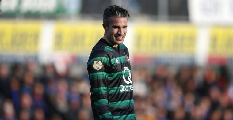 'Mogelijk vroegtijdige Van Persie-breuk; toekomst van zeven spelers onduidelijk'