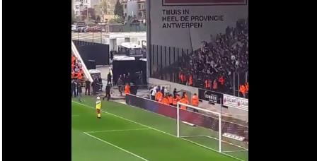 Dan toch geen rustige derby: supporters Beerschot-Wilrijk in de clinch met politie