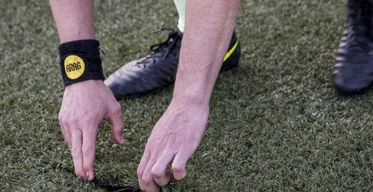 FC Den Bosch-directeur: 'De assistent vond het nodig om aan het veld te plukken'