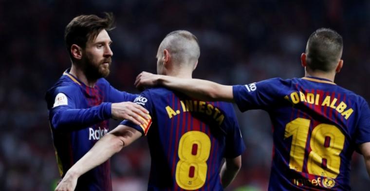 Wervelend voetbal en geëmotioneerde Iniesta: superieur Barcelona pakt beker