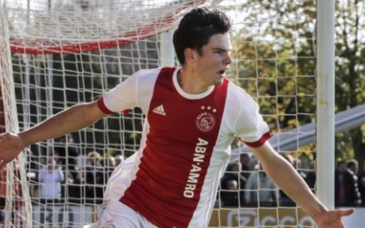 Twee keer Ajax-debuut in een maand tijd: Ik voel me echt trots. Zeker