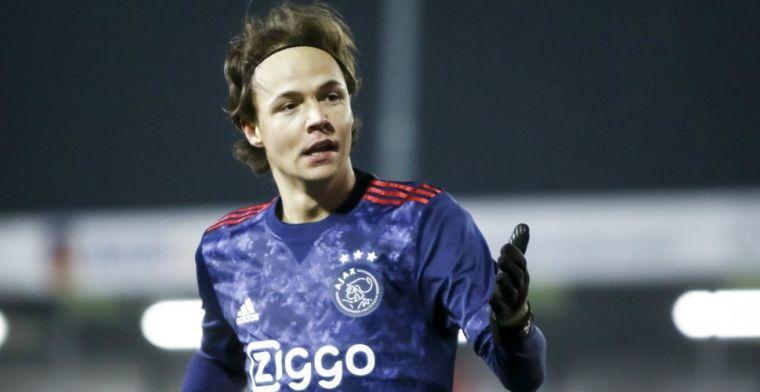 652dec0c740 Update: Telegraaf bevestigt: Ajax-aanvaller voor drie jaar aan de slag bij  AZ