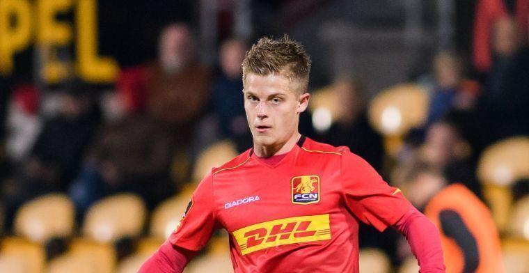 Middenvelder (22) hoort van Ajax-interesse: Dat is een interessante optie