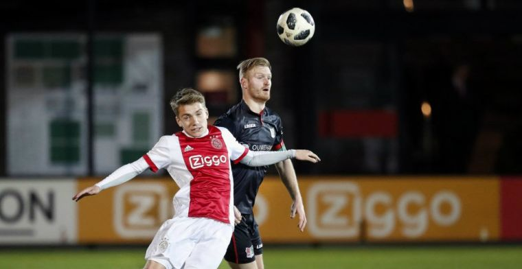 Jong Ajax overleeft bizarre KNVB-blunder: 'Het was echt niet mijn schuld'