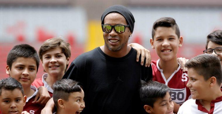 WTF! Ronaldinho gaat in Brazilië trouwen met twee vrouwen tegelijkertijd