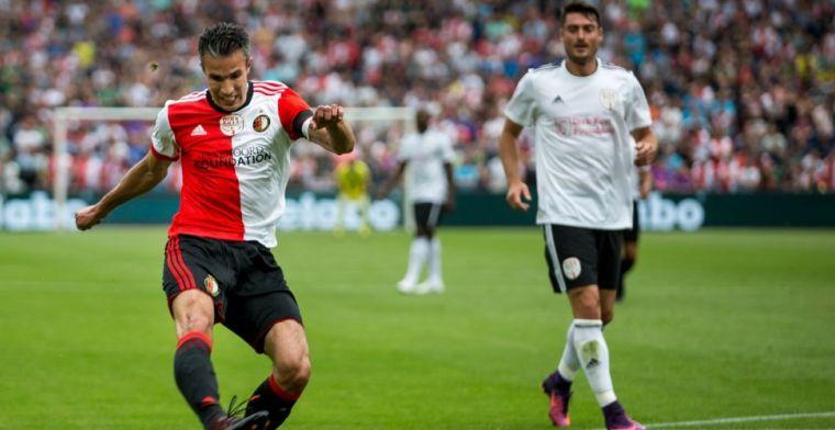Van Persie start voorbereiding tien dagen eerder dan Feyenoord-selectie