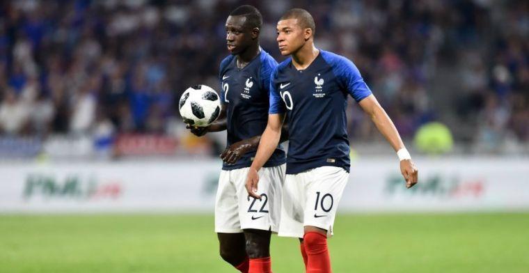 Update: Mbappé stelt fans gerust: 'Het was gewoon een tik'