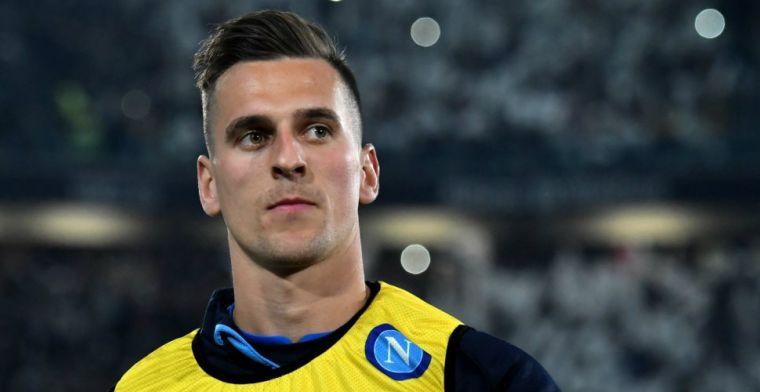 Pechvogel Milik laat bondscoach schrikken met pijnlijk incident in dolfinarium