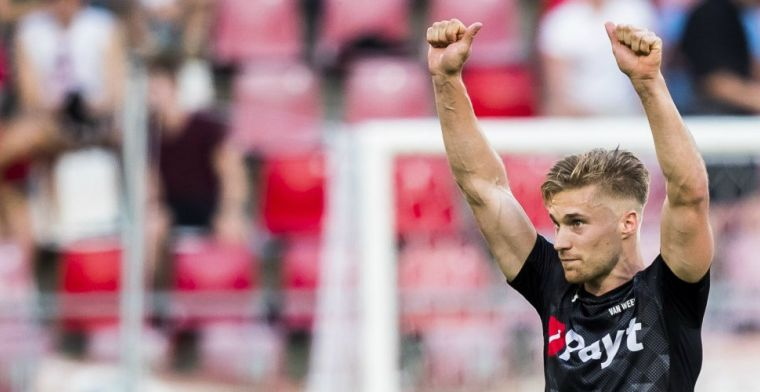 Update: Nijland spreekt spectaculaire transfer Van Weert tegen: 'Niet aan de orde'
