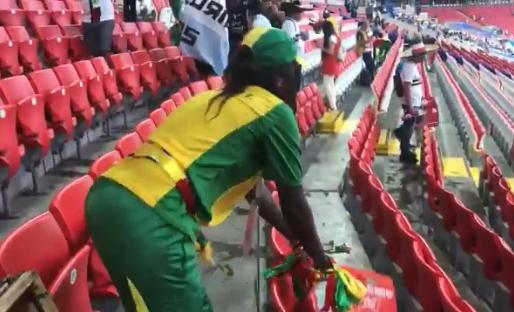 Mooie beelden: supporters van Senegal ruimen rommel op na overwinning