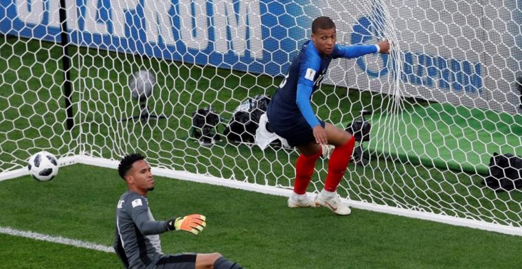 Frankrijk maakt opnieuw geen indruk, maar plaatst zich wel voor achtste finale