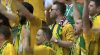 Imagen: VÍDEO | Mateu Lahoz utiliza el VAR, señala penalti y empate para Australia