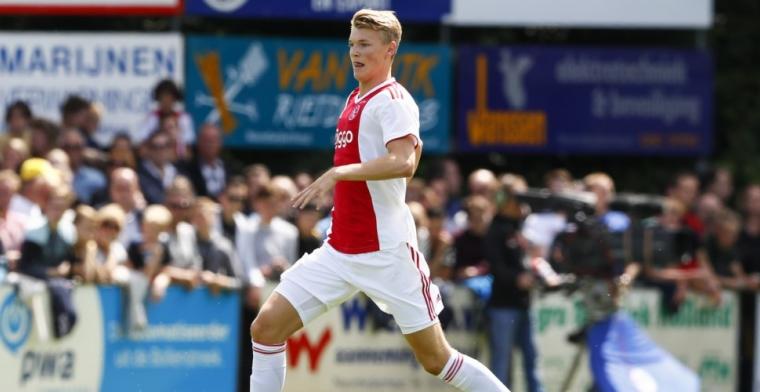 'Ik ben heel goed opgevangen door Ajax. Het bevalt me gewoon prima'