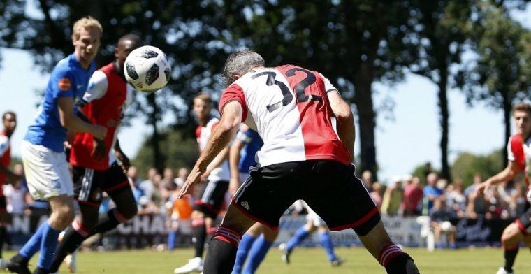 Feyenoord komt na rust op stoom en wint eerste oefenduel met grote cijfers