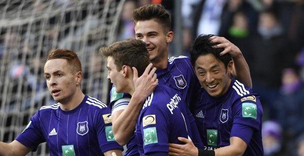 Anderlecht lost tipje van sluier over nieuwe thuisoutfit: 'As A Champion'