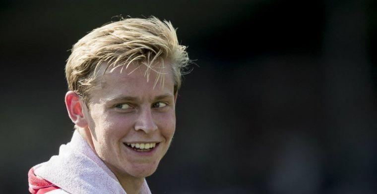 De Jong op voorpagina: 'drie andere topclubs informeren óók naar Nederlander'