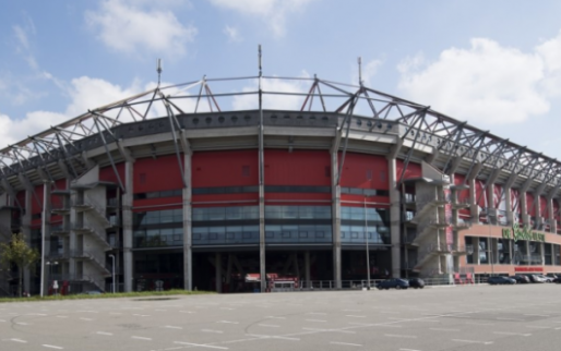 Afbeelding: Twente wekt verbazing: 'Ongelooflijk dat gemeente zó diep in een club zit'