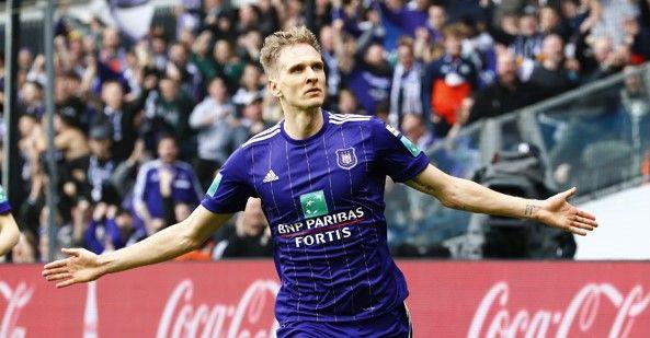 'Anderlecht wil af van Teodorczyk, maar die ziet twee redenen om te blijven'