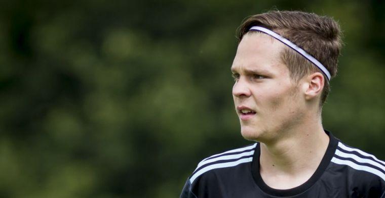 Verrassend gezicht op training PSV: jeugdspeler van Ajax loopt stage in Eindhoven
