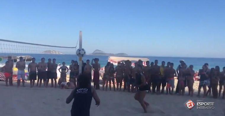 VÍDEO   Marcelo disfruta en las playas de Brasil jugando a futvolley
