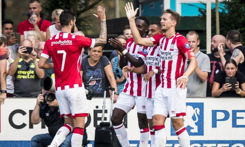 Afbeelding: PSV slaat diep in de tweede helft genadeloos toe en boekt grote oefenzege