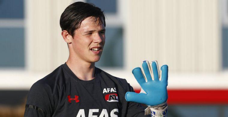 AZ contracteert doelman (17): 'Binnen drie jaar AZ 1 en daarna Nederlands elftal'