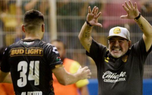 Imagen: Maradona debuta con una goleada como entrenador en México