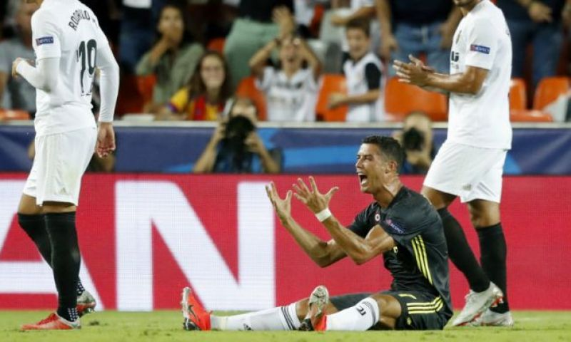 Afbeelding: Zus Ronaldo schreeuwt moord en brand: 'Ze willen mijn broer vernietigen'
