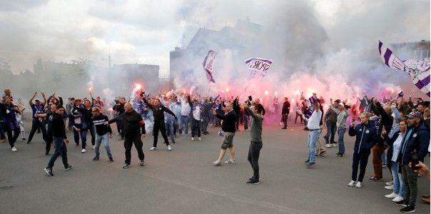 Blamage na Trnava-Anderlecht: Beelden van vechtende harde kernen duiken op