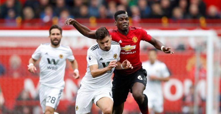 United struikelt over promovendus en ziet Liverpool en City weglopen
