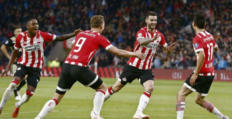 LIVE: PSV blaast Ajax omver en deelt eerste tik uit in titelstrijd (gesloten)